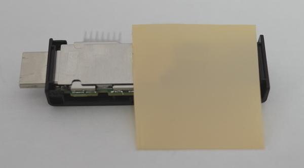 Fire TV Stick アルミ製ヒートシンクの取付 熱伝導シート