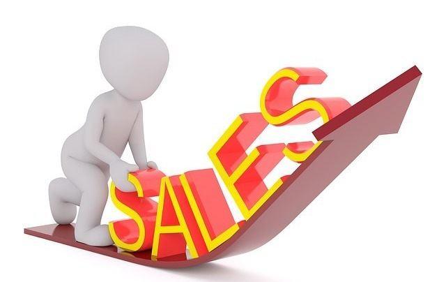 楽天モバイル、人気機種が半額に。半額セールにみる買得感を検証