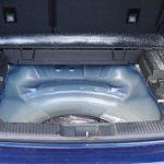 車内での灯油漏れには粉洗剤が有効、充満した匂いが速攻で除去できた